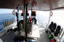 Dive-Deck-and-scuba-gear-MV-Angry-Bird